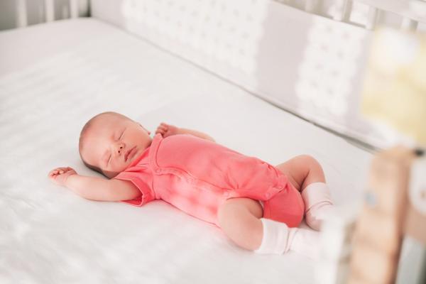 Cómo debe ser un colchón para bebé - Materiales