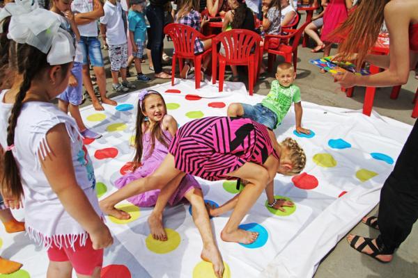 Juegos para niños hiperactivos - Twister