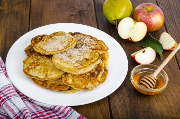 Desayunos para niños de 2 años - Tortitas de manzana