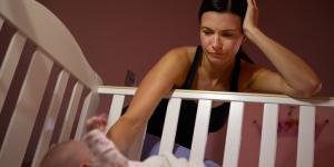 Terrores nocturnos en bebés: qué son, causas y tratamiento