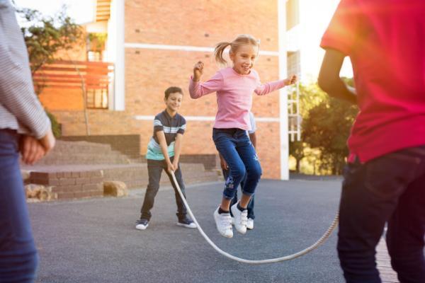 Juegos en grupo para niños de 4 a 5 años - Comba