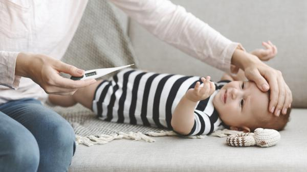 Temperatura baja en bebés: posibles causas y cómo actuar