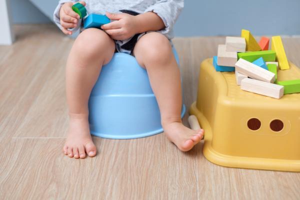 Por qué los niños se orinan sin darse cuenta y qué hacer