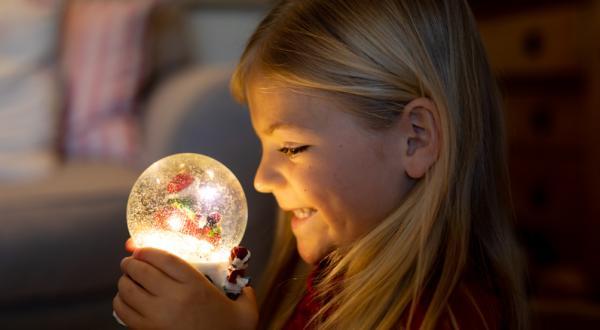Manualidades de Navidad para niños fáciles - Bola de Navidad