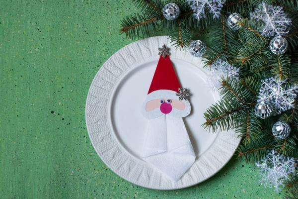 Manualidades de Navidad para niños fáciles - Figuras con platos de cartón