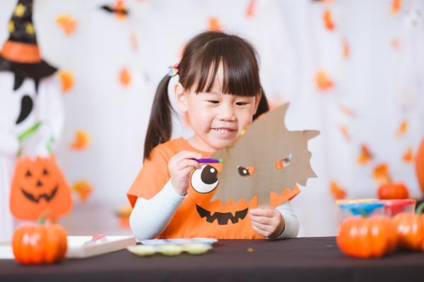 Actividades de otoño para infantil - Pintar una calabaza