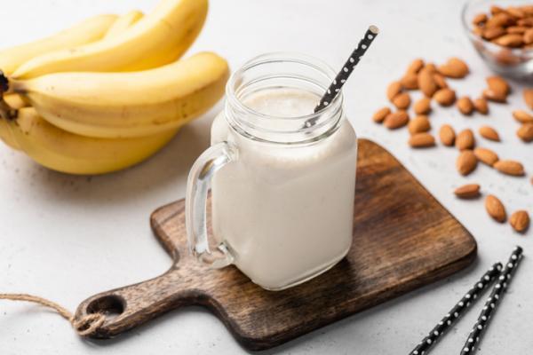 Alimentos prohibidos en el embarazo y el por qué - Derivados lácteos elaborados con leche sin pasteurizar