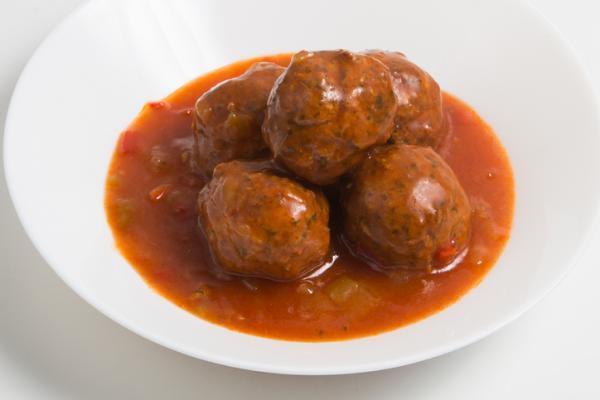 Recetas para bebés de 8 meses - Albóndigas en salsa