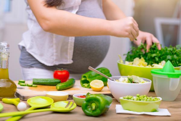 Cómo bajar de peso en el embarazo sin afectar al bebé