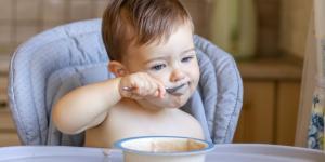 Cómo hacer papilla de cereales con leche de fórmula