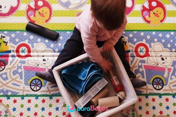 Juegos para bebés de 1 año -  Cesto de los tesoros