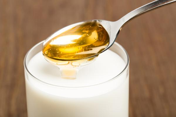Remedios caseros para la tos en el embarazo - Leche