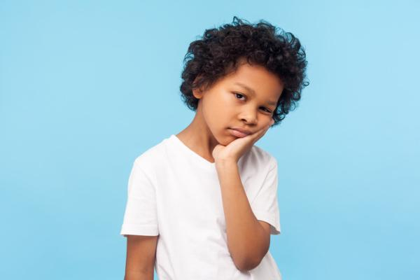 Ojeras en niños: causas, tipos y cómo quitarlas