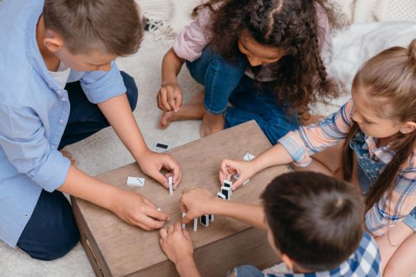 Juegos para aprender los números - Jugar al dominó