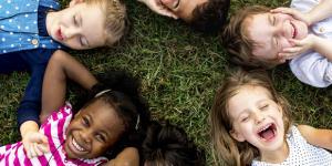 Cómo trabajar las emociones en los niños y las niñas