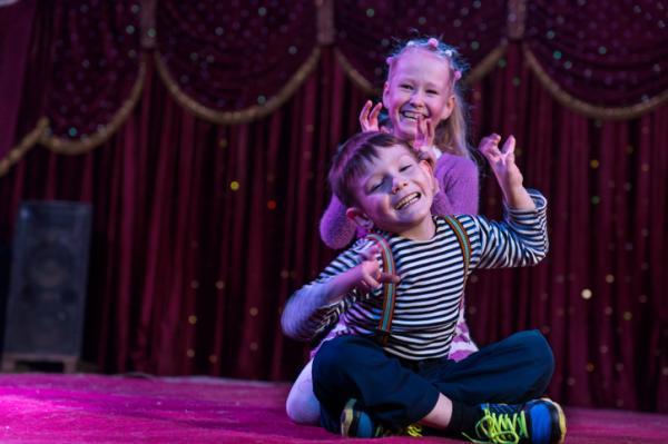 Actividades para trabajar el lenguaje oral en infantil - Obra de teatro