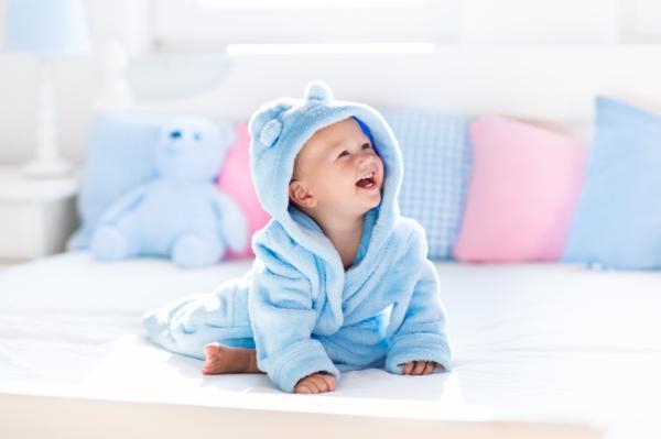 Cómo bañar a un bebé - Cómo bañar a un bebé: consideraciones según la edad