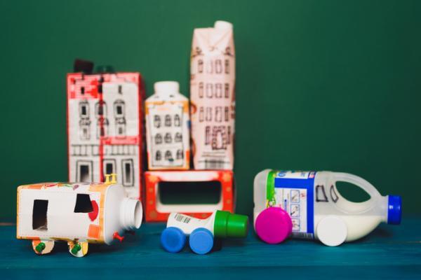 Manualidades para niños de reciclaje - Manualidades para niños con material reciclado fáciles
