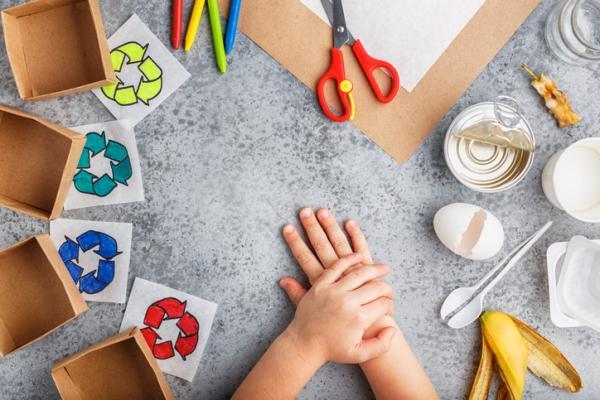 Manualidades para niños de reciclaje