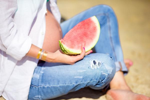 ¿Se puede comer sandía en el embarazo? - Propiedades de la sandia en el embarazo