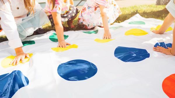 Juegos para niños/as de 6 a 8 años - Twister