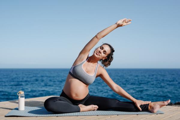 Remedios caseros para el dolor de garganta en el embarazo - Ejercicio moderado