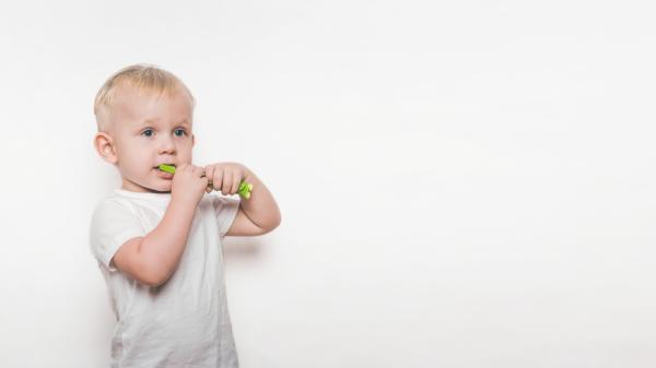 Qué es la caries de biberón y su tratamiento