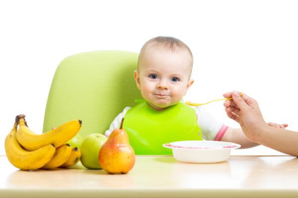 ¿Cómo hacer papillas de frutas para bebés?