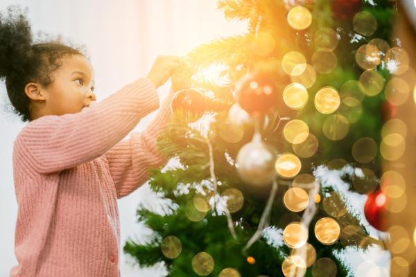 Actividades navideñas para niños/as - Poner el árbol de Navidad