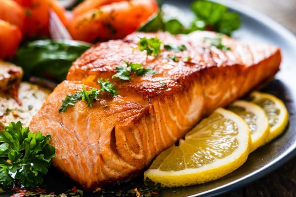 Los mejores pescados para bebés y cómo cocinarlos - Cómo cocinar el pescado a los bebés