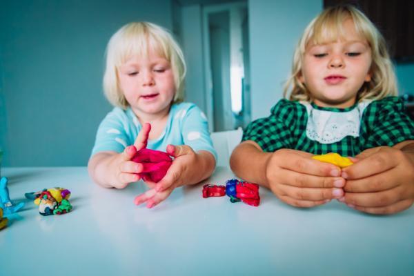 Actividades de estimulación para niños de 2 a 3 años - Actividades manuales para niños de 2 a 3 años
