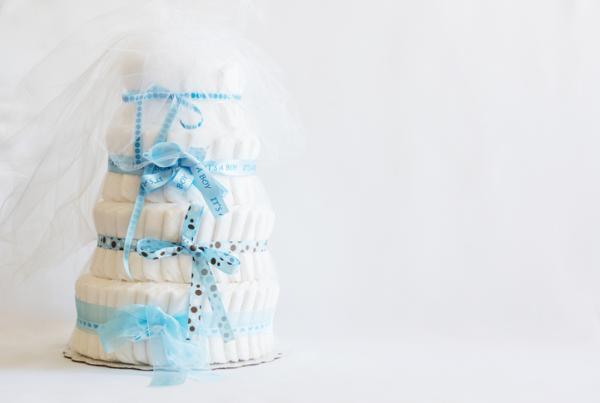 Lista regalos para un baby shower - Tarta de pañales